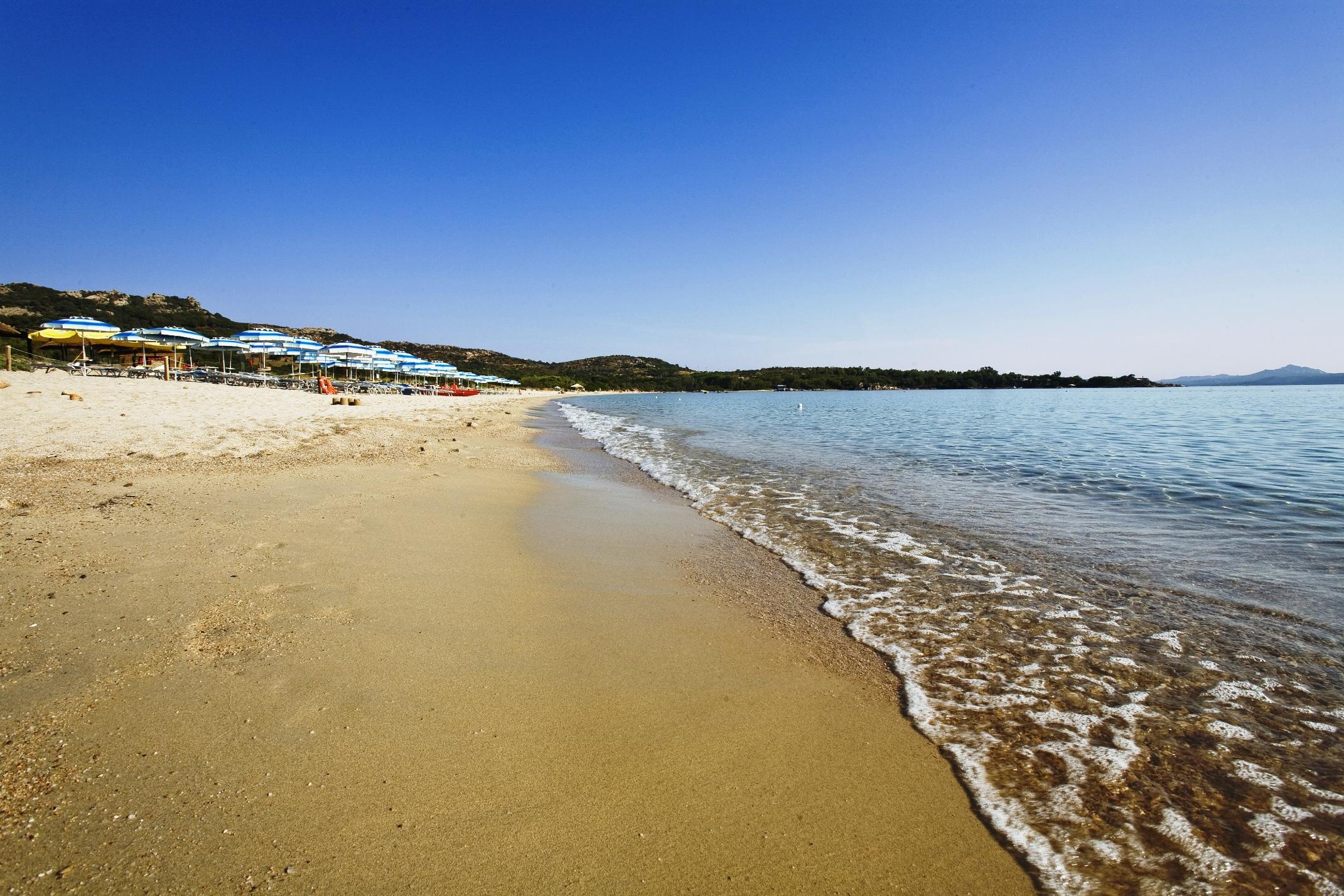 Spiaggia Mannena, spiaggia con Piscine